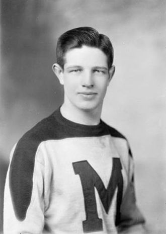 David Bauer (ice hockey) - David Bauer - St. Michael's College Hockey Team (1944)