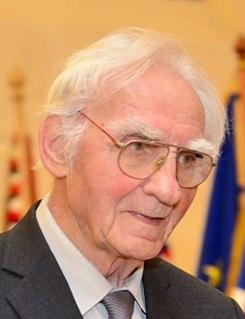 Armin Delong Czech physicist and scientist