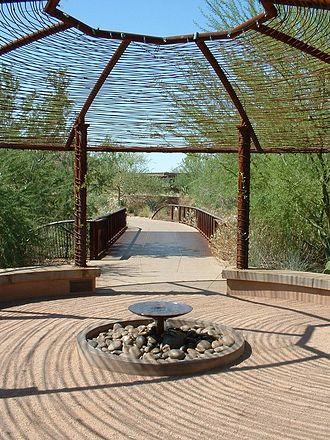 Desert Botanical Garden - Image: Desert Botanical Garden 2