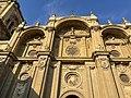 Detalles entrada de Catedral de Granada.jpg