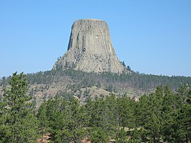 Devils Tower in Wyoming.jpg