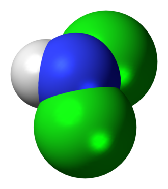 Dichloramine - Image: Dichloramine 3D spacefill