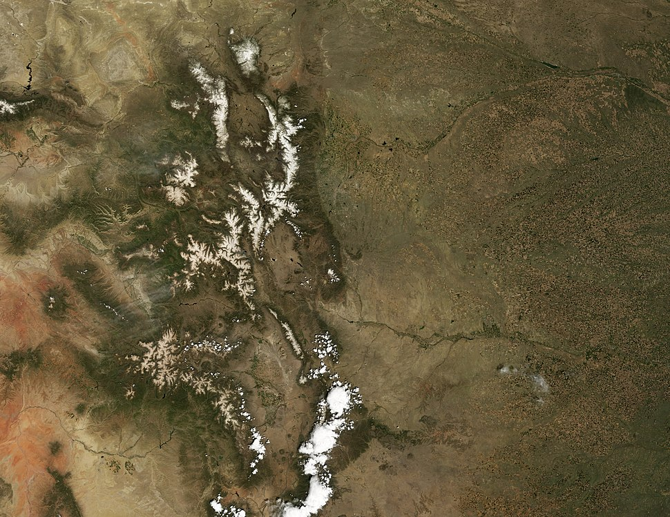 Dust Accelerates Snow Melt in San Juan Mountains - May 18, 2009