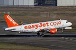 EZY A319 G-EZMK 18dec15 LFBO.jpg