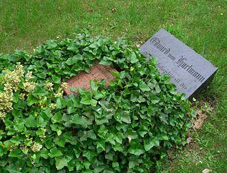 Karl Robert Eduard von Hartmann - von Hartmann's grave in Berlin