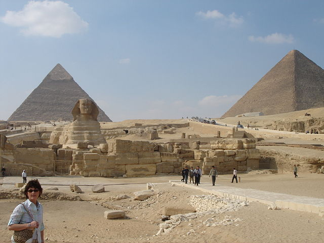 U.S. Warns Tourists To Avoid The Egyptian Pyramids