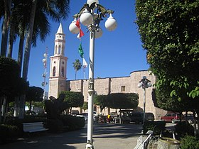 El Fuerte, Sinaloa, church and plaza.JPG