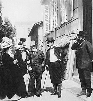 Tristan Bernard - Tristan Bernard with Eleonora Duse, Matilde Serao, and others, 1897. Photo by Giuseppe Primoli.