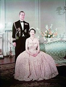La principessa Elisabetta con il principe Filippo nel 1950