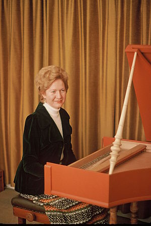 Elizabeth de la Porte - Elizabeth de la Porte at the harpsichord known as the 'Little Italian'