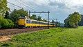 Ellecom ICMm 4052-4065 IC 3662 Zwolle (49835237576).jpg