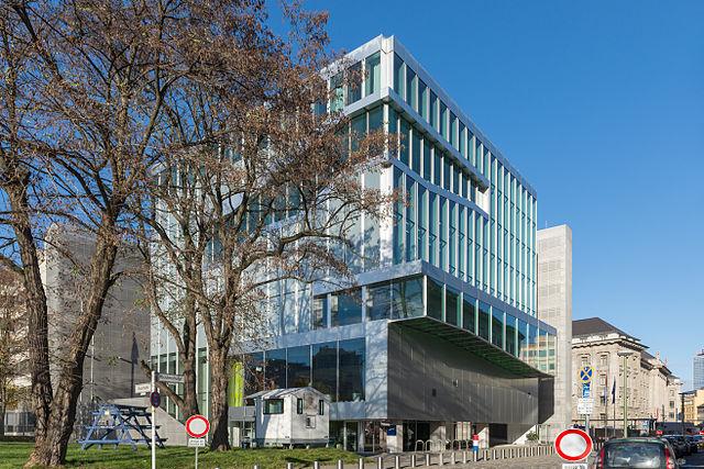 МИД Нидерландов принял решение о значительном расширении штатов своих дипломатических представительств