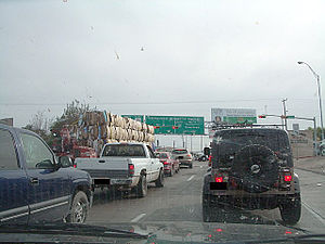 Interstate 35 - Interstate 35 starts at this traffic signal in Laredo, Texas