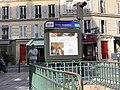 Entrée Station Métro Censier Daubenton Paris 3.jpg