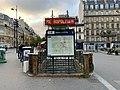 Entrée Station Métro Jules Joffrin Paris 6.jpg