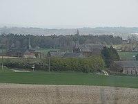 Esclavelles - bourg.JPG