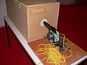 aparelho usada na criminologia para determina a balística de uma arma de fogo.