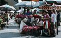 Fény utcai piac, virágárusok a Retek utcai oldalon. Fortepan 70163.jpg