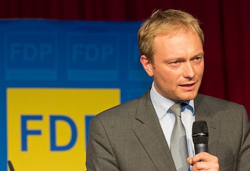 File:FDP-Wahlkampfkundgebung in der Wolkenburg Köln-2214.jpg