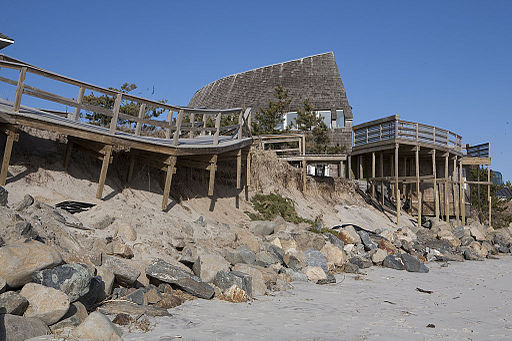 FEMA - 43003 - Beach erosion from a storm in New York