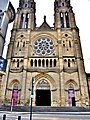 Façade de l'église du Sacré Coeur.jpg