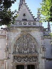 Fachada de la capilla Saint-Hubert del castillo de Amboise