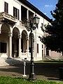 Facciata Villa Ghirlanda.jpg