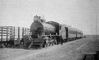 Rail transport in Argentina - Steam locomotive in Puerto Deseado, Santa Cruz Province (c.1920).