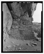 Feature 1, Room C, east interior wall looking east-northeast - Serpents Quarters Pueblo, Approximately 2 miles north of County Road G, Cortez, Montezuma County, CO HABS CO-204-13.tif