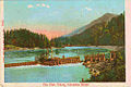 Fish wheel on the Columbia River, circa 1910.jpg