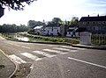Fleurey-sur-Ouche canal (aval du pont) 1.jpg