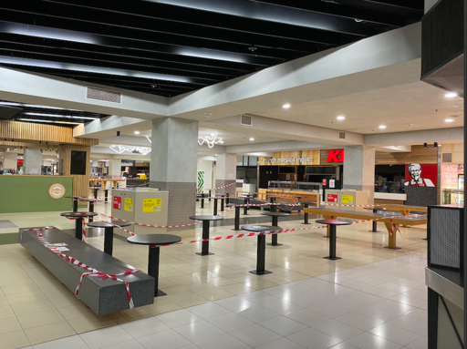 Food court at Adelaide mall during COVID-19 pandemic. Photo by clinkey70. Creative Commons Attribution-Share Alike 2.0 Generic license.