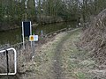 Footpath to the canal - geograph.org.uk - 1755644.jpg