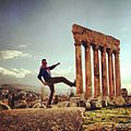 Forced Perspective in front of Jupiter, Baalbeck.jpg