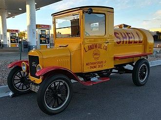 Tank truck - Tank truck from 1926