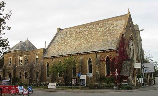 Former Godalming Congregational Church, Bridge Road, Godalming (September 2015) (4)