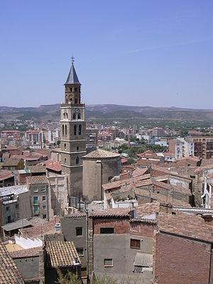 Fraga - Image: Fraga Vista general con iglesia de San Pedro