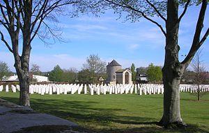Ranville - Image: France Normandie Ranville Cimetiere Militaire