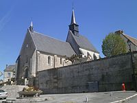 Francueil église.jpg