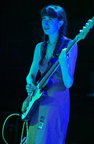 Frankie Cosmos - Greta Kline performing with Porches in 2014