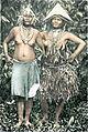 Frauen aus dem Dorfe Katorai auf der Insel Sibiru (Mentaweigruppe).jpg