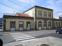 Frontal estación do Porriño.jpg