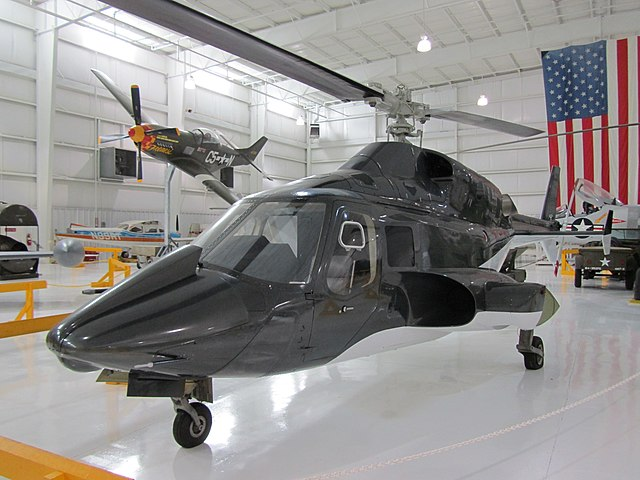640px-Full-size_replica_of_the_Airwolf.J