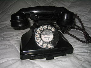 Director telephone system - British (BPO) Type 232 phone of 1932