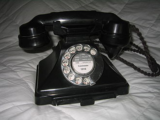 Pulse dialing - British (GPO) Type 232 phone of 1932