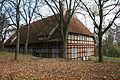 Gemeinschaftshaus im Park.JPG