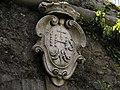 Genova Porta Granarolo stemma.jpg