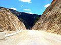 Gevne barajı, eskiden bu kayalığın altından geçerdik - panoramio.jpg