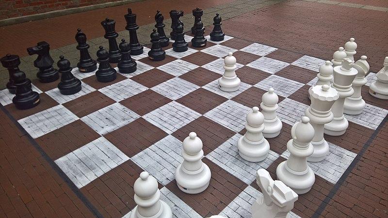 File:Giant chess board, Groningen (2018) 02.jpg