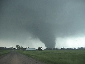 Tornado outbreak sequence of May 2003 - Tornado near Franklin